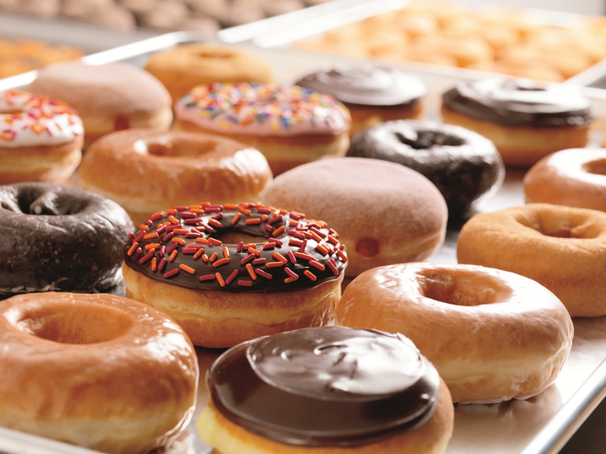 Why Dunkin' Donuts is Superior to Starbucks in Every Way Possible