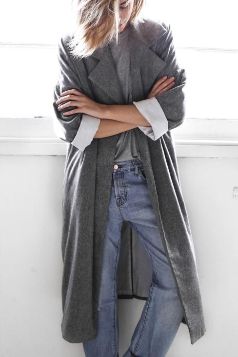 grey oversize coat boyfriend jeans winter-2